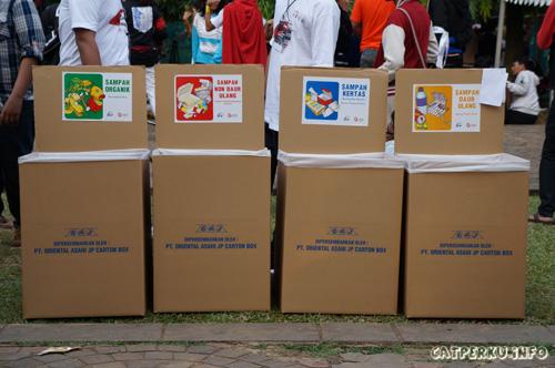 Tempat sampah yang canggih pun tersebar di banyak tempat di area Jak-Japan Matsuri *enggak seperti kebanyakan tempat sampah di tempat umum Jakarta*