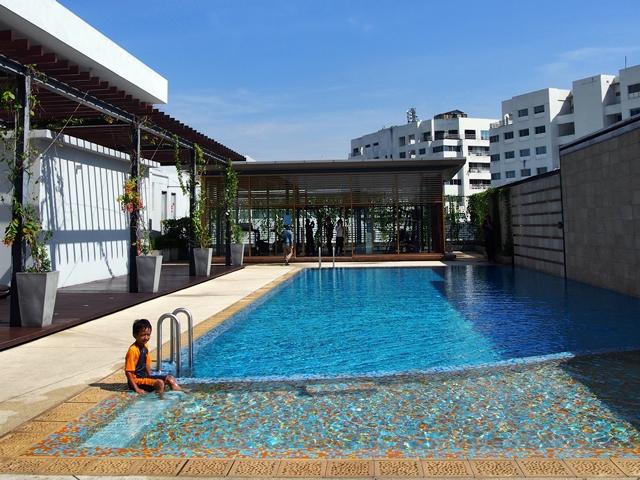 Kolam renang Vivatel Hotel Kuala Lumpur!