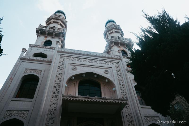 Masjid Kobe ini adalah masjid pertama yang berdiri di Jepang.