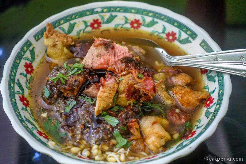 Menghilangkan Rasa Penasaran Dengan Masakan Khas Banyuwangi Rujak Soto