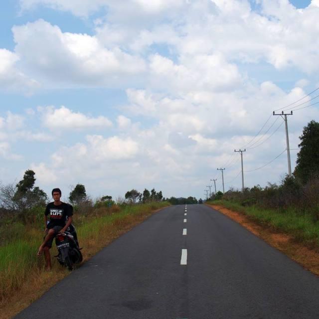 Menjelajah Belitung dengan sepeda motor itu menyenangkan!