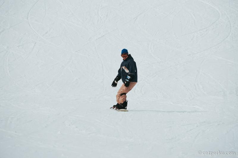Next time ke Jepang pengen belajar Snowboarding!