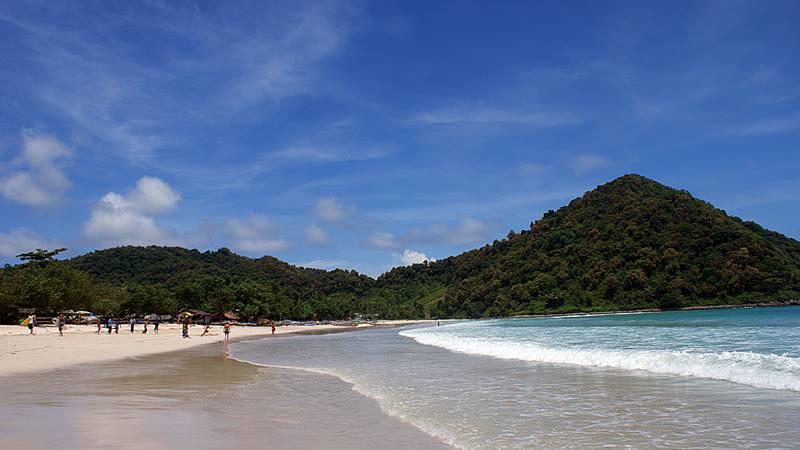 Pantai Selong Belanak, pantai favorit saya di Lombok