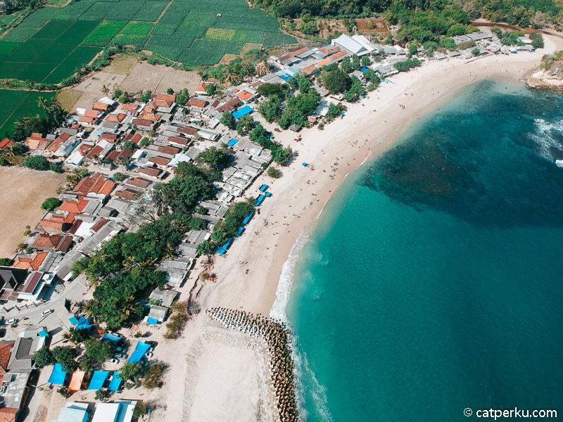 Pantai Tambakrejo Blitar, Dulu Tersembunyi, Kini Ramai Dikunjungi!