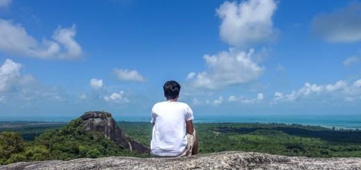 Pemandangan dari Puncak Batu Baginde ini cakep sekali!