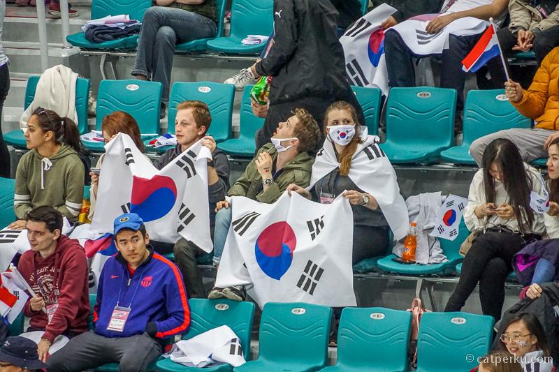 Pendukung tim Korea Selatan nggak cuma orang korea saja ternyata