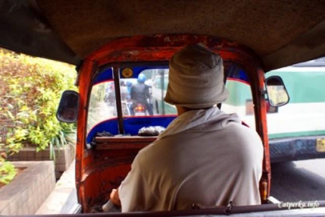 Roller coaster, spesialis penembus kemacetan Jakarta!? :D