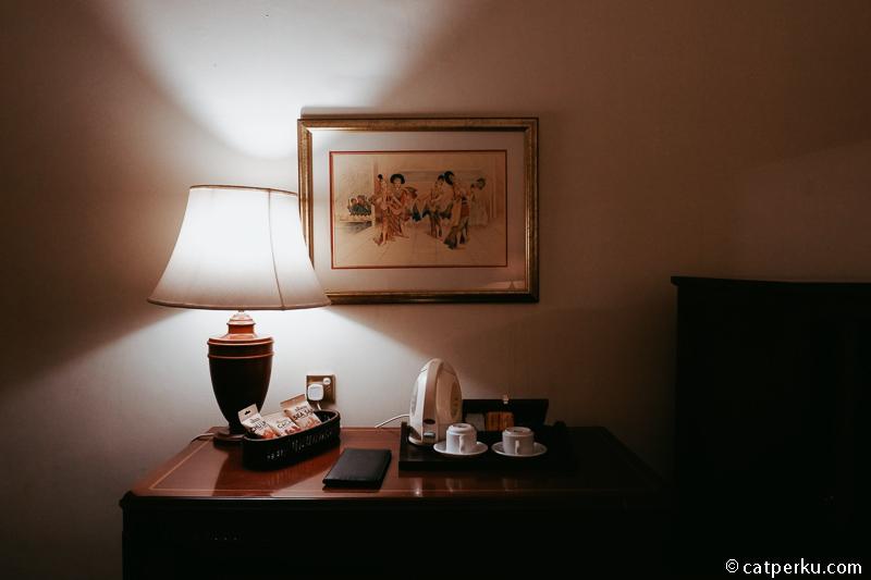 Lukisan yang ada di kamar saya.