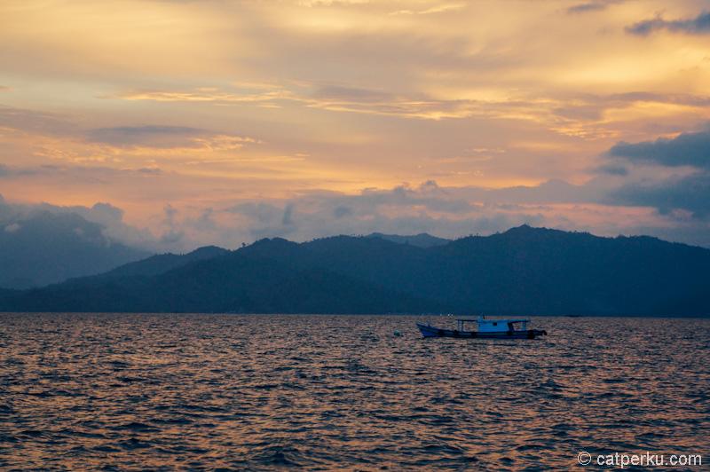 Sunset kece terlihat dari Pelabuhan Ketapang, Lampung