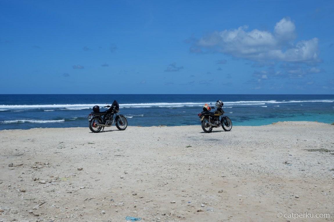 Touring ke Pantai Melasti Bali