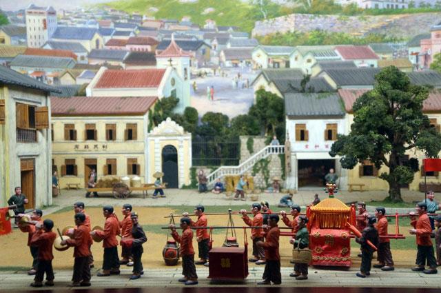 Diorama yang menggambarkan pernikahan ala Bangsa Macau jaman dahulu.