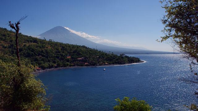 Underwater view Amed salah satu terbaik yang dimiliki Bali!