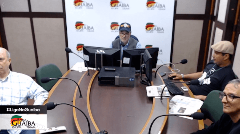 Resultado de imagem para jornalista se demite ao vivo após entrevista com bolsonaro
