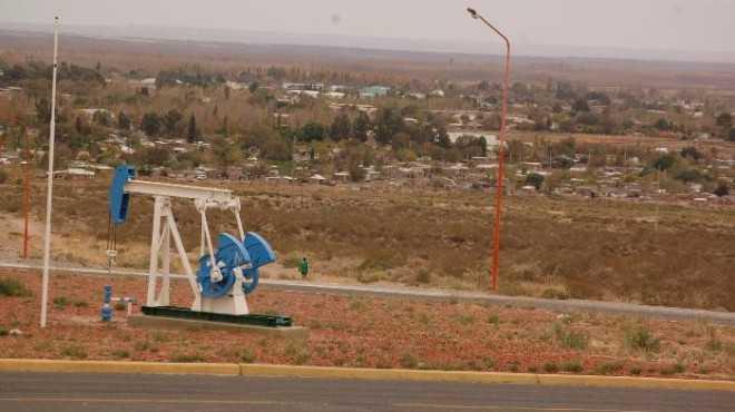 Hay acuerdo para comenzar la construcción de viviendas para petroleros en Catriel