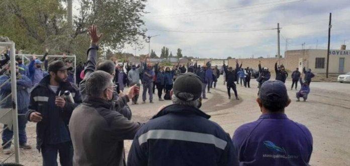 Catriel: Polémica por paritarias municipales. La palabra de los gremios y la Intendente
