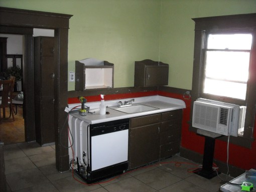 1912 kitchen before 2