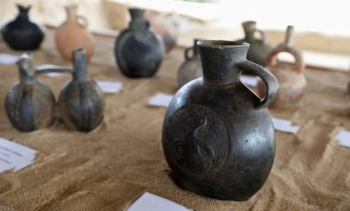 Cerámica inca hallada en Huaca Las Abejas, Complejo Arqueológico de Túcume, Lambayeque, Perú, 4 de julio de 2018 / Guadalupe Pardo / Reuters.