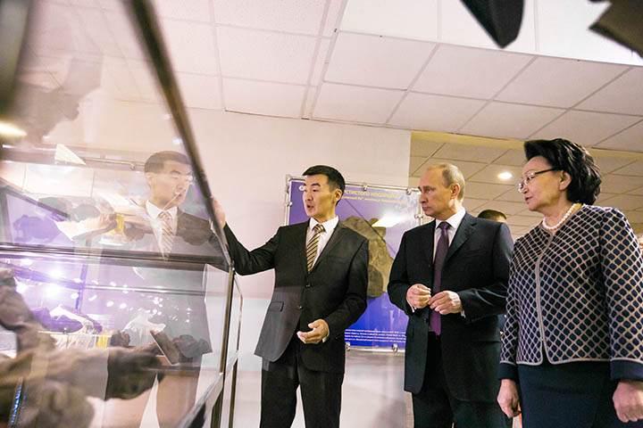 Vladimir Putin en la Universidad Federal Nororiental (NEFU), en Yakutsk.