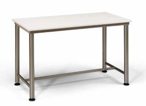 tavolo di polietilene con telaio d'acciaio