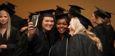 dec-2016-graduation-43-of-113