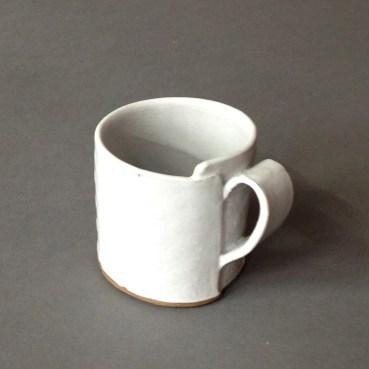 small wrap mug with dots