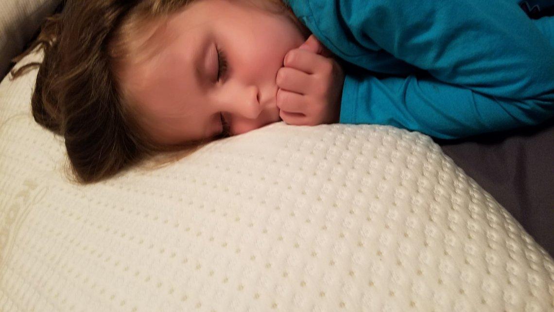 The Snuggle-Pedic Kool-Flow Pillow Review