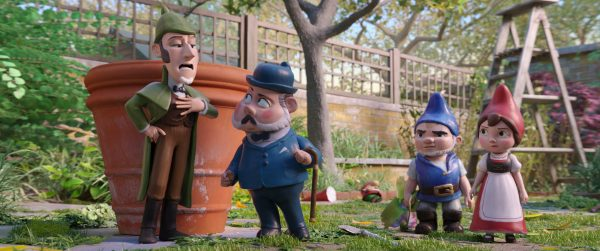 Gnomeo and Juliet Head to London in SHERLOCK GNOMES in Theaters Now