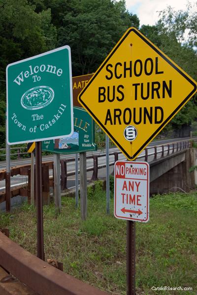 Palenville Signs