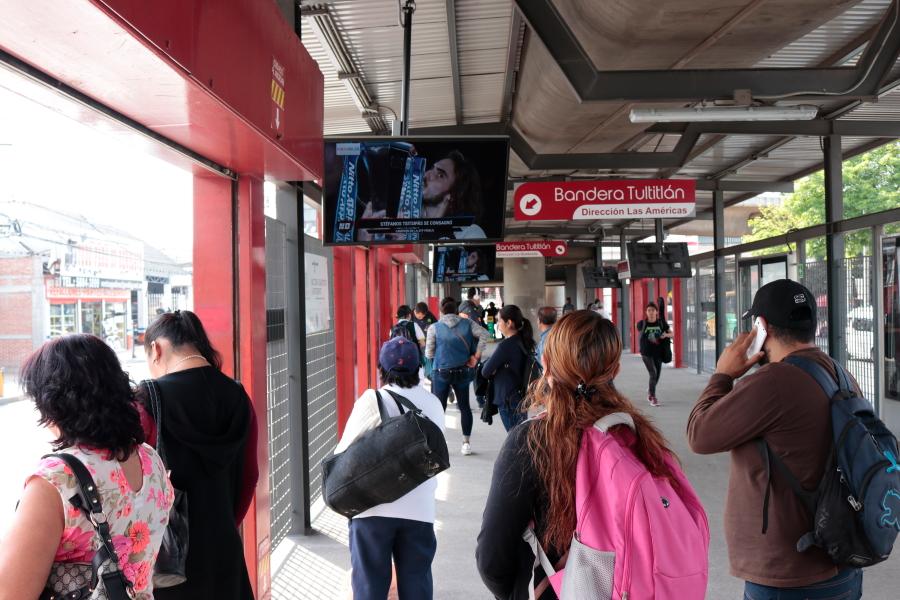 espacios exclusivos de publicidad en Mexibús