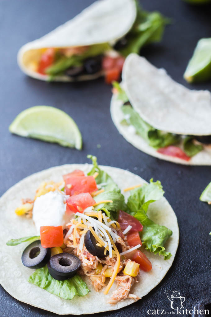 Slow Cooker Lime Chicken Tacos | Catz in the Kitchen | catzinthekitchen.com | #Mexican #slowcooker #tacos