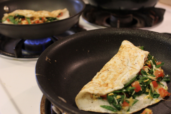 healthy spinach tomato omelet