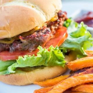 Bacon Gouda Burgers | Catz in the Kitchen | catzinthekitchen.com | #recipe #burgers #gouda #grilling