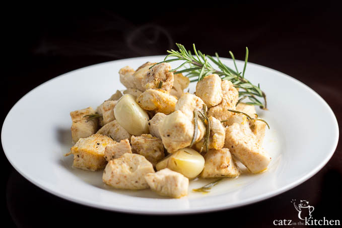 Roasted Garlic Chicken | Catz in the Kitchen | catzinthekitchen.com #Garlic