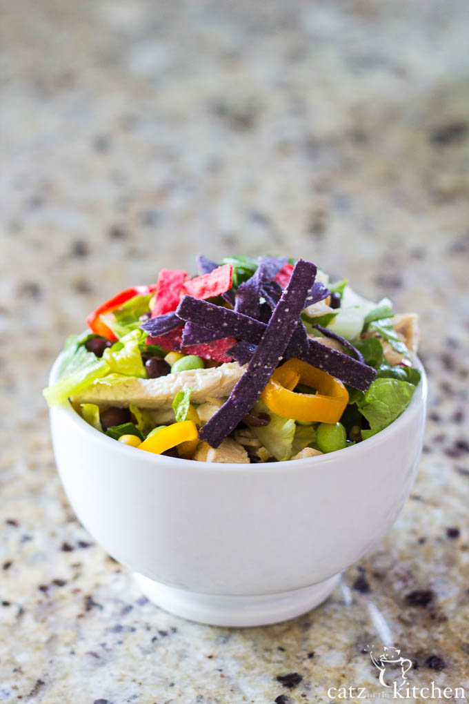 Southwest Chicken Salad | Catz in the Kitchen | catzinthekitchen.com #salad