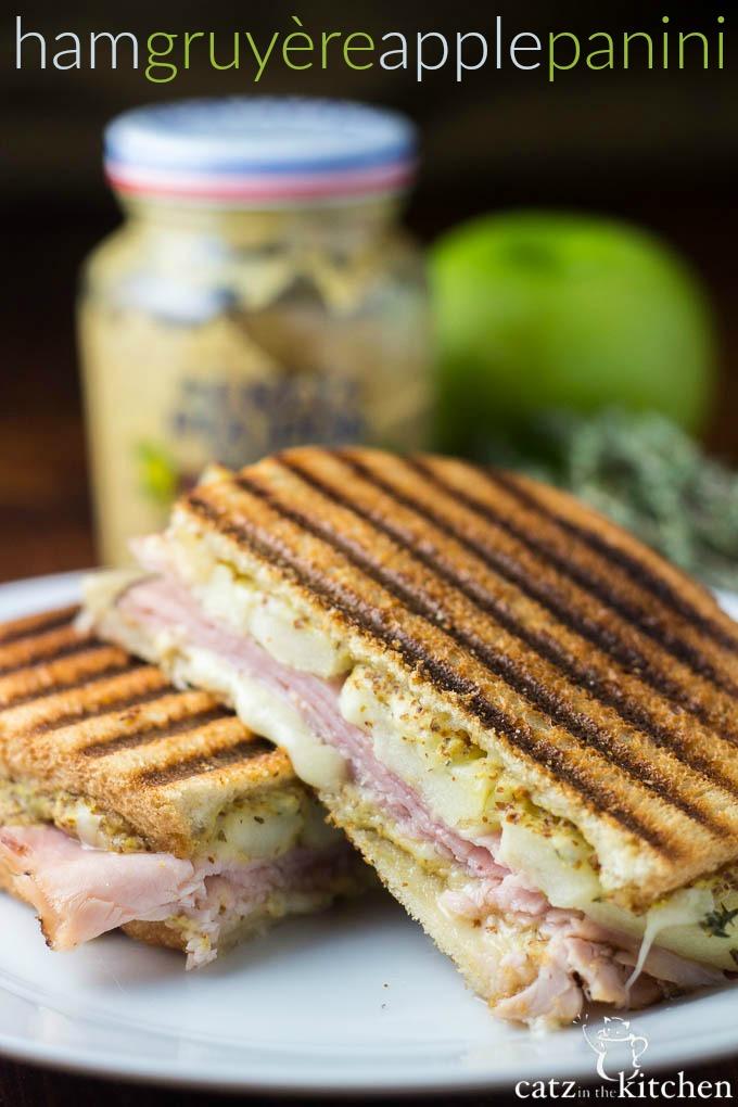 Ham, Gruyère, & Apple Panini | Catz in the Kitchen | catzinthekitchen.com | #sandwich #panini #Gruyère
