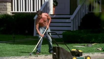 easiest lawn mowers women grass
