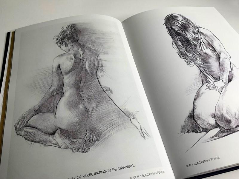 Image du livre Muse : exploration of the female form par James Martin. Dessins de femmes agenouillées.