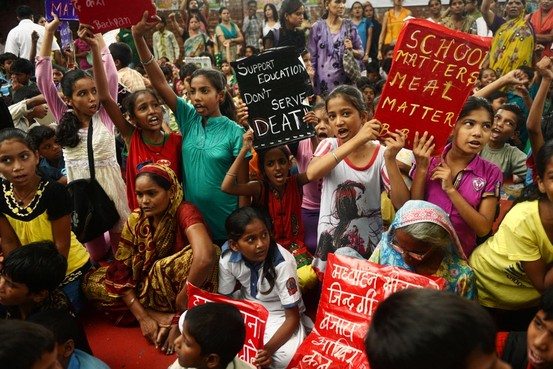 New Delhi school lunch poisoning
