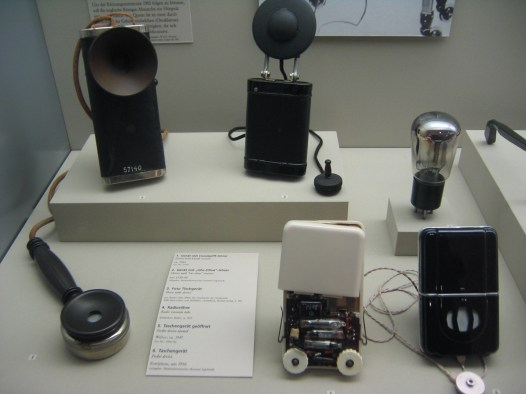 Museum_of_Medicine_Berlin_Germany_Telephone_hearing_aids