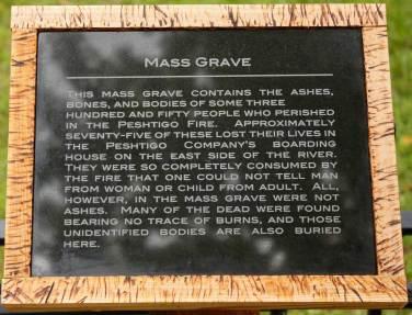 peshtigo-fire-grave-marker