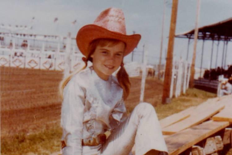 Ann Lewis, a mais jovem campeã mundial, morreu as vésperas da NFR