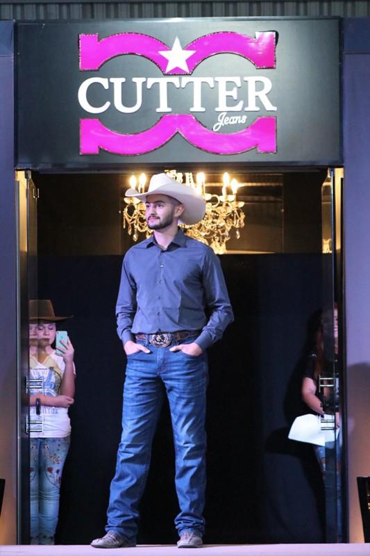 Cutter lançou a nova coleção com um desfile 'arrasador'
