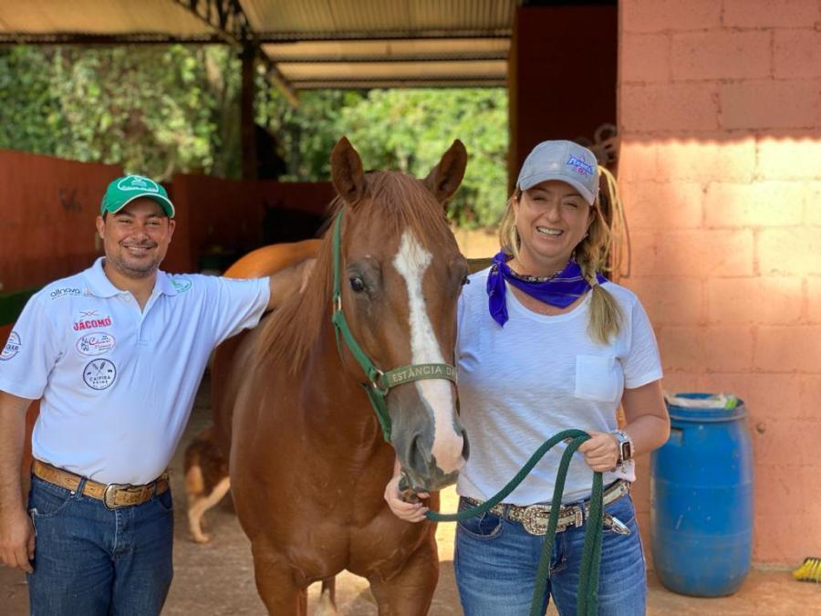 Pró-reitora aponta contribuições do Ranch Sorting para profissionais do futuro Dividindo agora o seu tempo entre a Apartação e o Ranch Sorting, esse último na Estância da Mata,