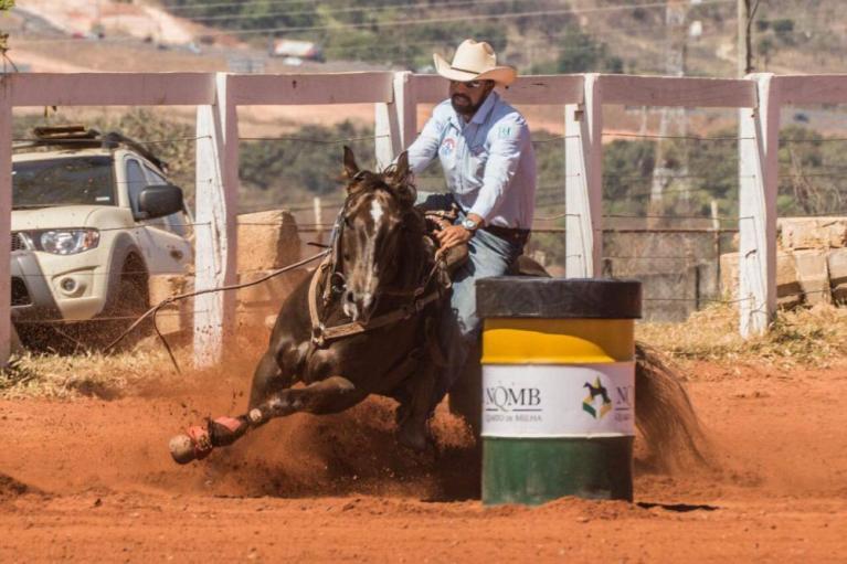 Abelardo Junior conta sua experiência no Distrito Federal Treinador de Três Tambores começou cedo na modalidade, segue os passos do pai e também já teve experiência nos Estados Unidos