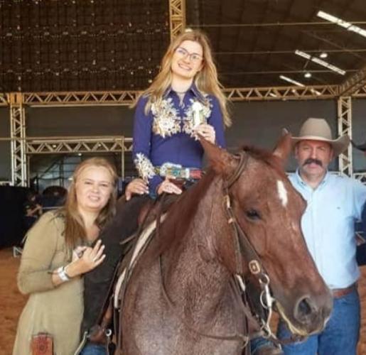 Buscando qualidade de vida, família Pucci transformou a paixão pelo cavalo em novos desafios e se mudou para a Argentina, onde vive até hoje