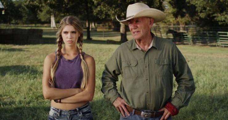 O filme Spirit Riders, escrito por David Wilson e dirigido por Brian T. Jaynes, conta mais uma história de amor entre uma menina e um cavalo