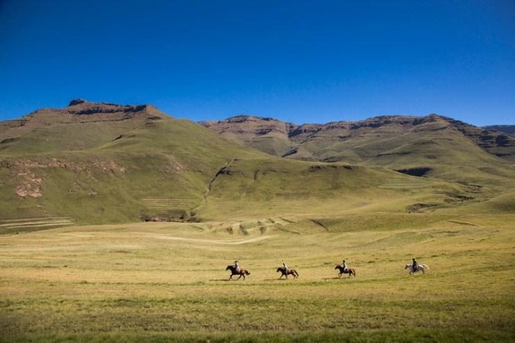 Paulo Junqueira conta sobre dois reinos incrustados na África do Sul, Lesoto e Eswatini, destinos pouco conhecidos e de muita cultura