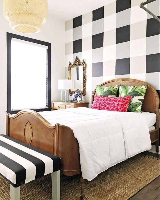 Nada mais legal que começar um ano novo renovando. Por isso a dica de hoje é barata e fácil de fazer: pinte as paredes do seu quarto