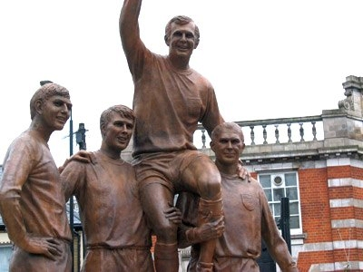 Champions Statue West Ham