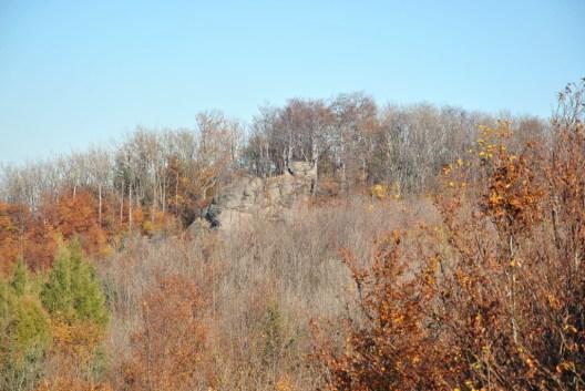 Skalné bralá na Ivanovom vrchu